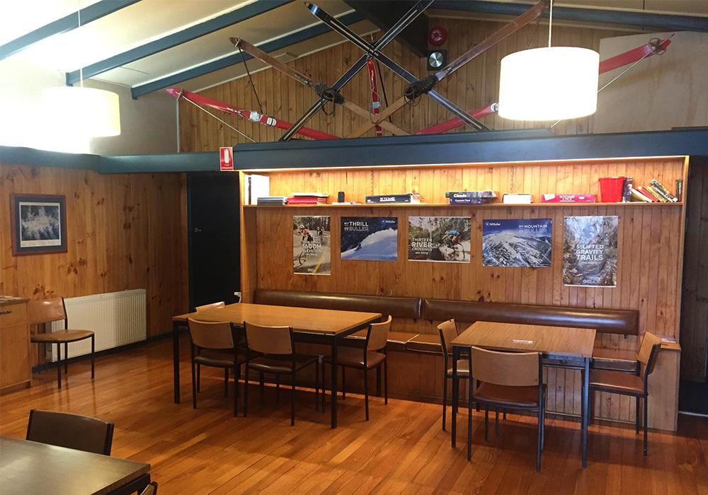 iltis-ski-club-facilities-05-dining-room