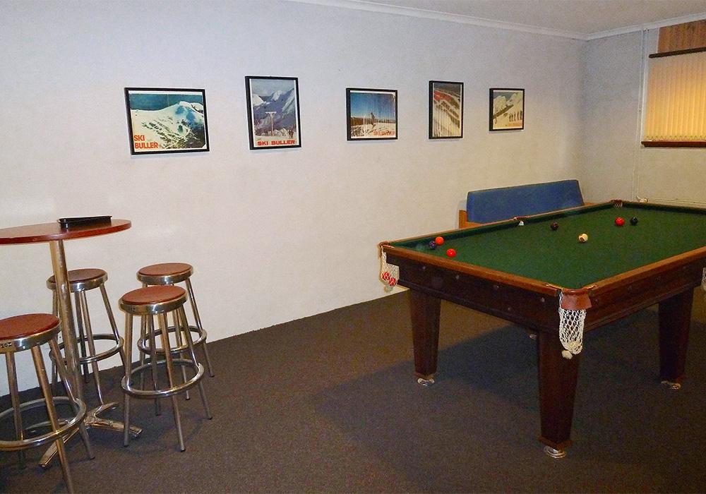 iltis-ski-club-facilities-07-rumpus-room